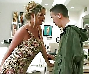 Big Booty Housewife Videos